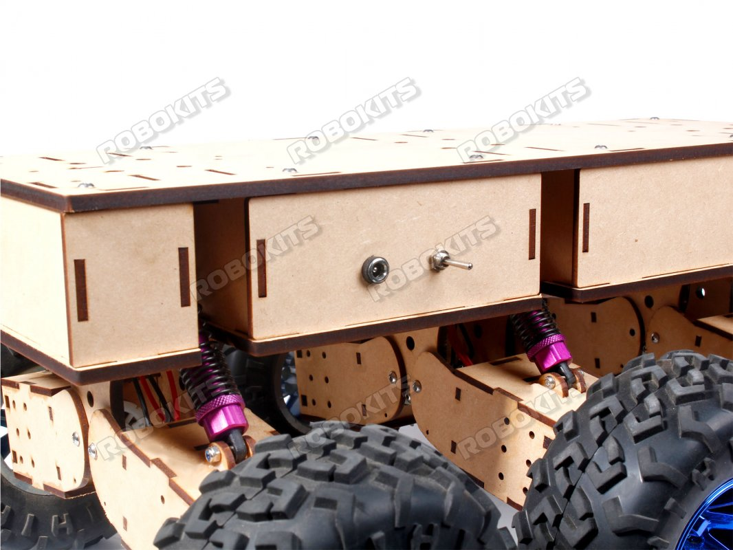 All Terrain Robot , 6 wheel drive with independent wheel suspension - Ready to use with 1Km Range of radio controller - Click Image to Close